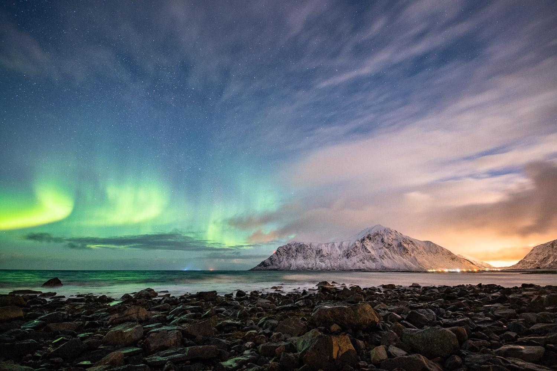 Nordlicht am Skagsanden Beach, Lofoten, Norwegen